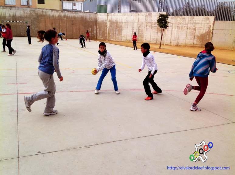 balonmano en educación física