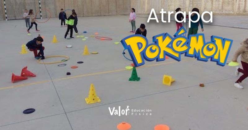distribución del material del juego de lanzamientos atrapa Pokemon en educación física